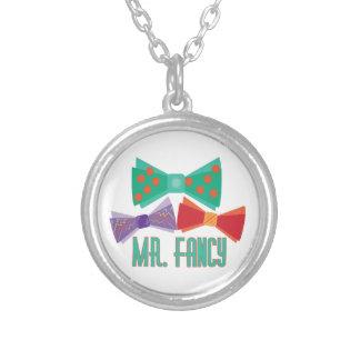 Sr. Fancy Collares