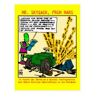 Sr. Skygack observa un automóvil descompuesto Tarjeta Postal