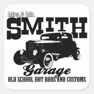Sr. Smith Hot-Rod Garage de Mrs.& Colcomanias Cuadradas Personalizadas