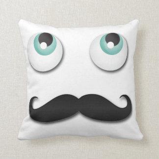 Sr. stache almohada