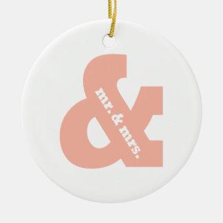 Sr. y señora adorno navideño redondo de cerámica