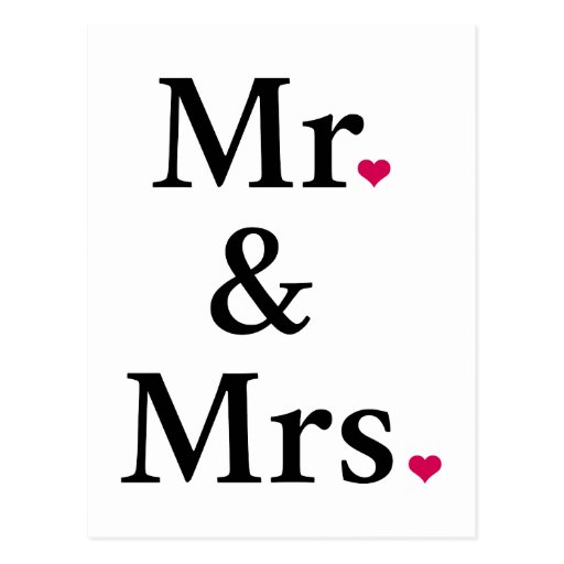 Sr. y señora con dos corazones rojos postales
