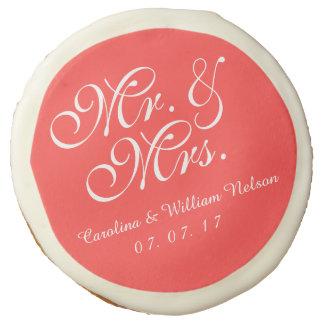 Sr. y señora Coral Red Wedding Cookies
