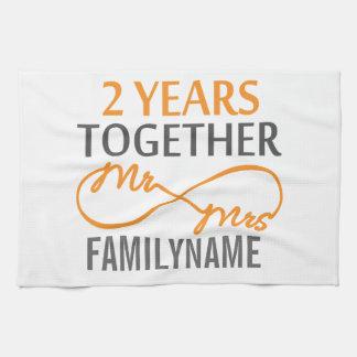 Sr. y señora de encargo 2do aniversario toalla de cocina
