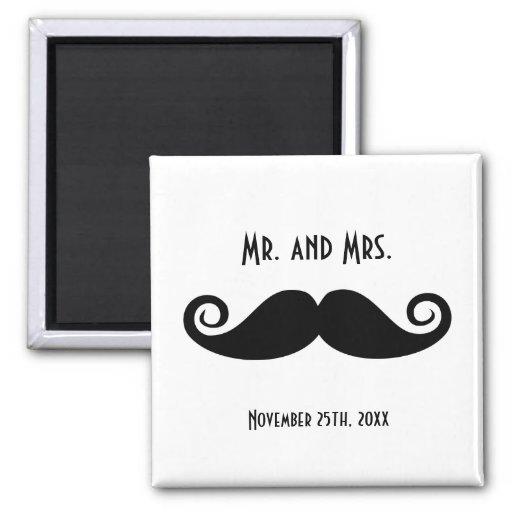 Sr. y señora Mustache Imán Cuadrado