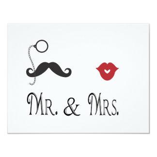 """Sr. y señora Mustache y labios que casan Invitación 4.25"""" X 5.5"""""""