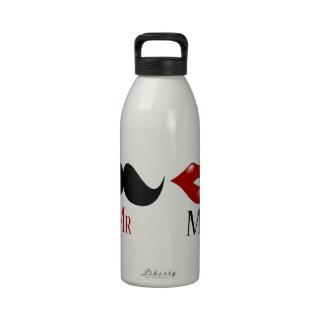 Sr y señora negros del bigote del manillar botella de beber