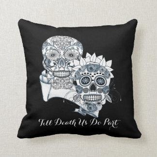 Sr. y señora Sugar Skulls Till Death del gótico no Almohada