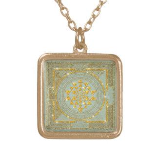 Sri Yantra Golden Glitter - Necklace