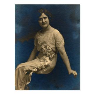 Srta. Elsie Gladys SECHRIST-LAUCKS del león rojo, Postal