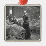 Srta. Nightingale en el hospital del cuartel Adorno Cuadrado Plateado