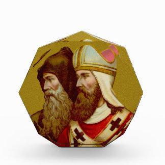 SS. Cyril y pisapapeles de Methodius (M 001) o