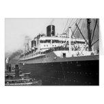 SS Ile de France Greeting Cards