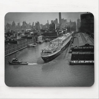 SS United States at Pier in New York City Mousepads
