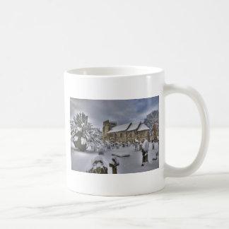 St Cuthbert en la nieve Taza
