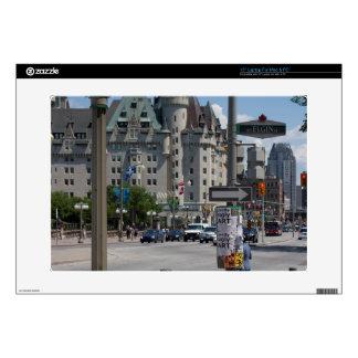 St. de ELGIN de la ruda, Montreal Portátil 38,1cm Skins