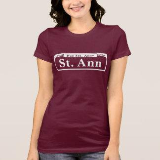 St. de St Ann, placa de calle de New Orleans Playera