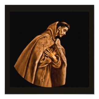 """St Francis que se arrodilla en rezo Invitación 5.25"""" X 5.25"""""""