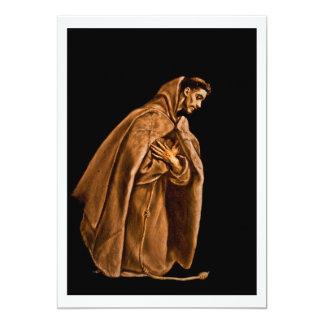 """St Francis que se arrodilla en rezo Invitación 5"""" X 7"""""""