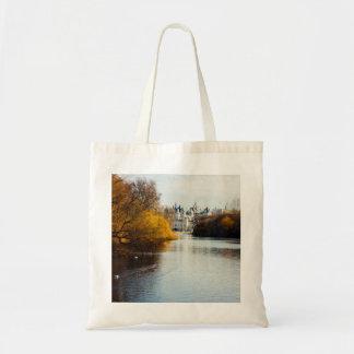St James' Park, London, UK Photograph Budget Tote Bag