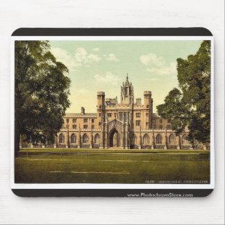 St. John's College, Cambridge, England classic Pho Mouse Pad