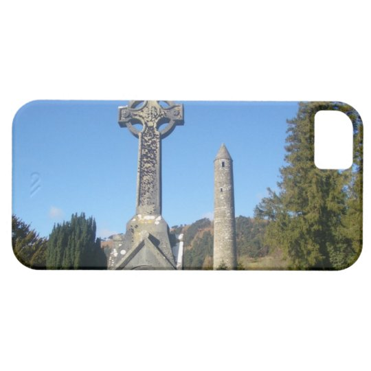 St Kevin's Cross and Round Tower Glendalough iPhone SE/5/5s Case