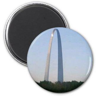 St. Louis Arch 2 Inch Round Magnet