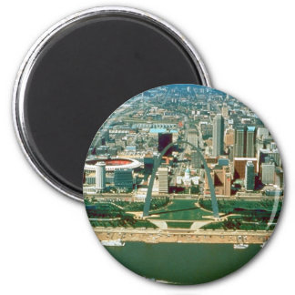 St. Louis Arch and Skyline 2 Inch Round Magnet