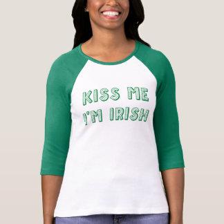 St.Patrick Green Raglan T-Shirt Kiss Me Im Irish