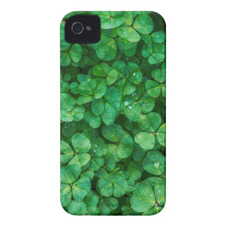St Patrick lucky clovers iPhone 4 Case-Mate Case