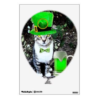 ST PATRICK S DAY CAT GREEN IRISH BEER BALLOON WALL GRAPHICS
