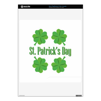 St. Patrick's Day with clover Skins For The PS3 Slim
