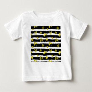 st patricks black white clover baby T-Shirt