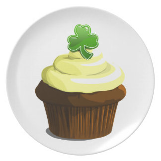 St. Patrick's cupcake plate