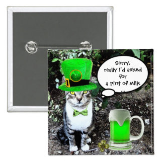 ST PATRICK'S  DAY CAT  WITH GREEN IRISH BEER PINBACK BUTTON