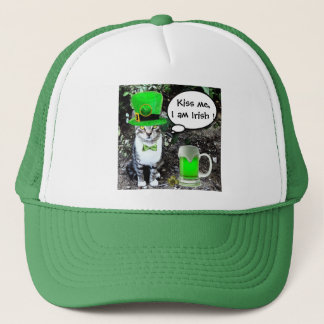 ST PATRICK'S  DAY CAT  WITH GREEN IRISH BEER TRUCKER HAT