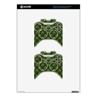 St. Patrick's Day Four-Leaf Clover Tiled Pattern Xbox 360 Controller Skin