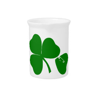 St Patrick's Day - Get Lucky 3 + 1 leaves = 4 Drink Pitcher