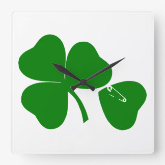St Patrick's Day - Get Lucky 3 + 1 leaves = 4 Square Wall Clock