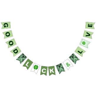St Patrick's Day GOOD LUCK Green Shamrock/Clover