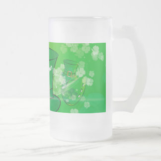 St. Patrick's Day, green hat 16 Oz Frosted Glass Beer Mug