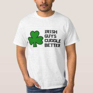 st. patrick's day: irish guys cuddle better shamro T-Shirt