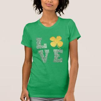 St Patricks day Irish Love green shamrock t-shirt