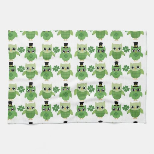 St. Patrick's Day Owls Hand Towel