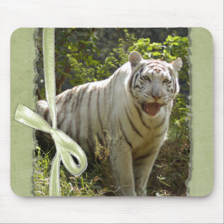 St. Patrick's Day-White Tiger Mouse Pad