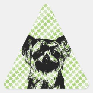 St Patricks - silueta de Yorkshire Terrier Pegatina Triangulo