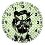 St Patricks - silueta de Yorkshire Terrier Relojes De Pared