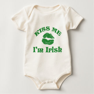 St. Patty's Day Kiss Me I'm Irish Baby Bodysuit