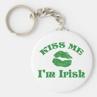 St. Patty's Day Kiss Me I'm Irish Basic Round Button Keychain