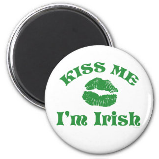 St. Patty's Day Kiss Me I'm Irish Magnet